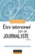 Etre_interrog_par_un_journaliste_4